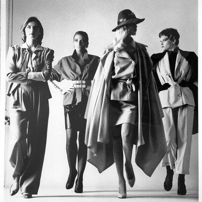 Sie Kommen - Dressed by Helmut Newton