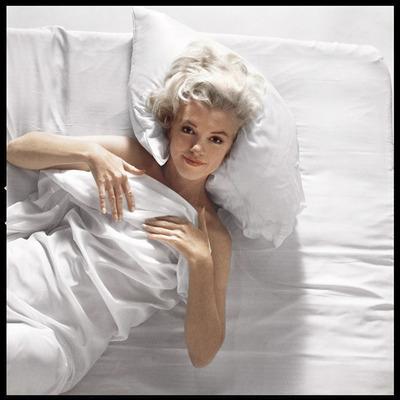 Marilyn Monroe 21 by Douglas Kirkland
