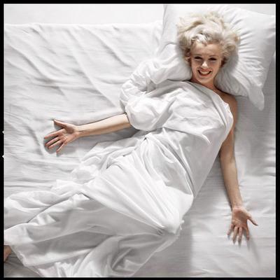 Marilyn Monroe 18 by Douglas Kirkland